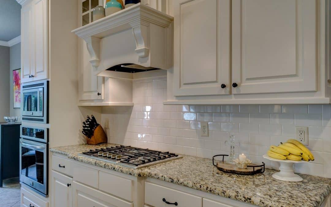 Que diriez-vous d'une nouvelle cuisine fonctionnelle et somptueuse ?